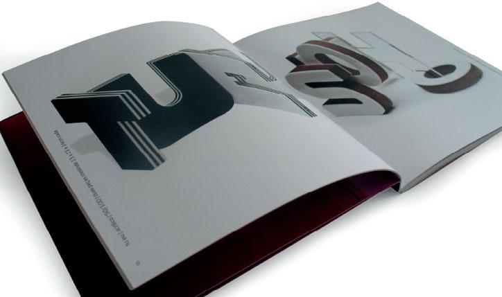 <p>cliente// Tramas Galeria de Arte<br />designer// Christiane Krämer e Ruth Freihof</p>